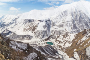 Gruzinska-Droga-Wojenna-zima