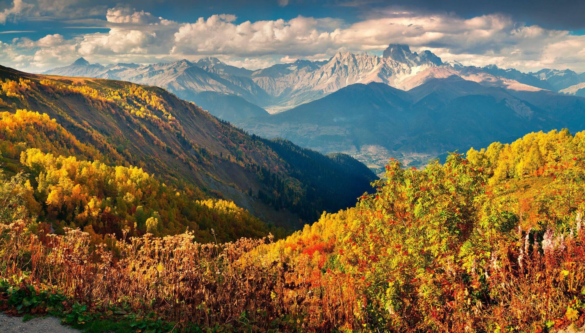 gruzja-po-sezonie-8-dni-wycieczka-jesien