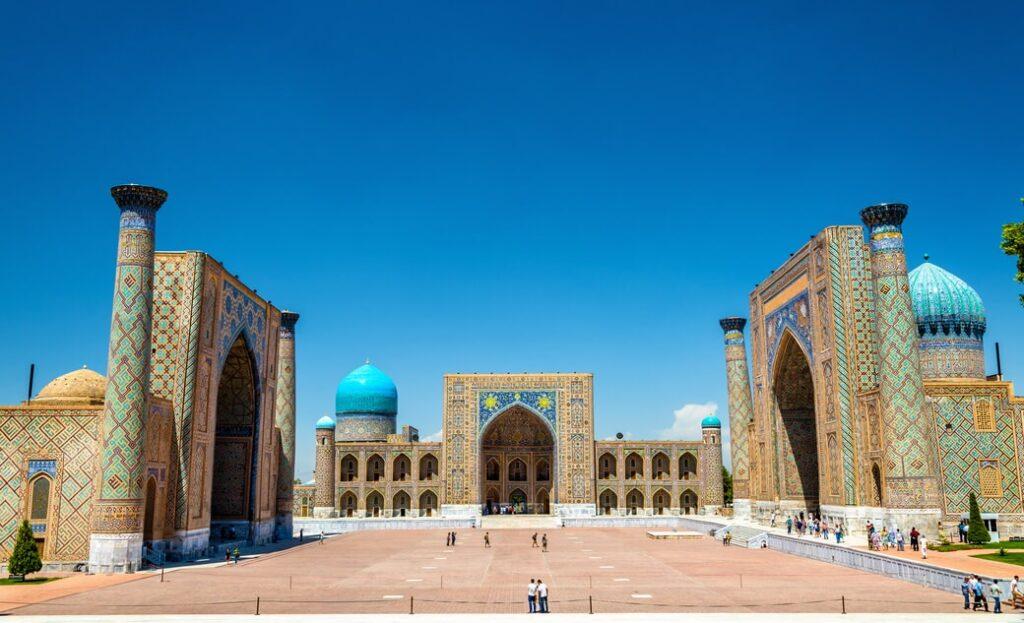 Samarkanda-plac-Registan-Uzbekistan