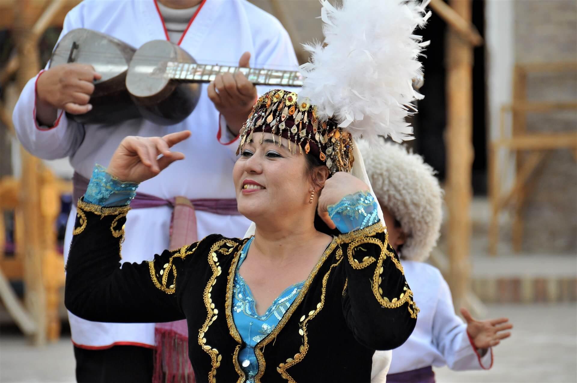 Tradycje-kobieta-Uzbekistan
