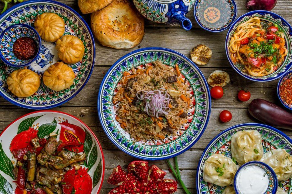 Uzbekistan-ceramika-jedzenie