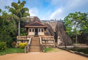 anuradhapura-isurumuniya-sri-lanka