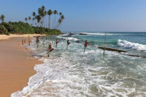 tradycyjne-wedkarstwo-rybak-sri-lanka