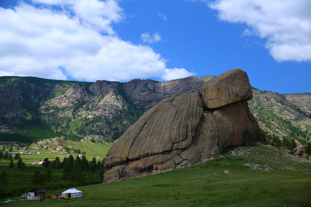żółwia skała park narodowy gorchi-tereldż mongolia