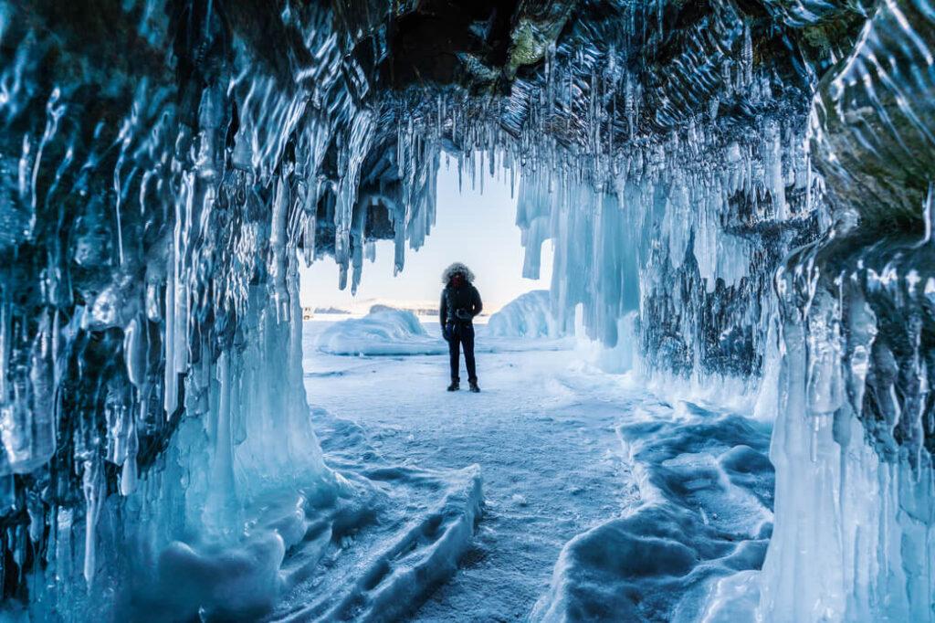 Bajkał lodowe jaskinie