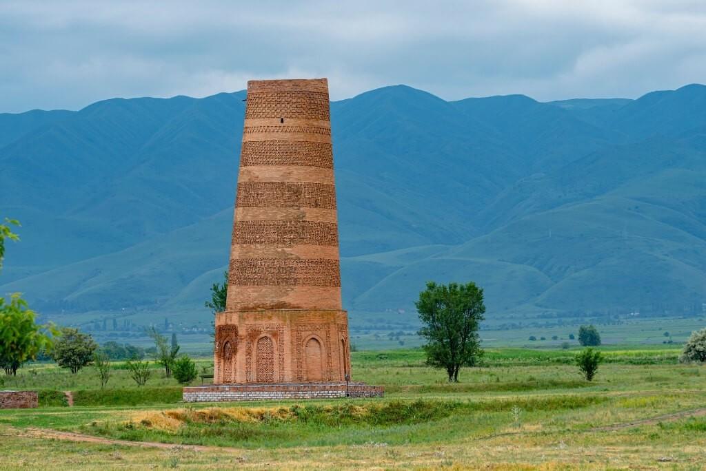 wieża burana kirgistan